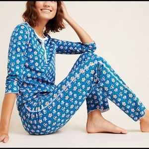 Roller Rabbit Blue Snow Angels Sleep Set Size M
